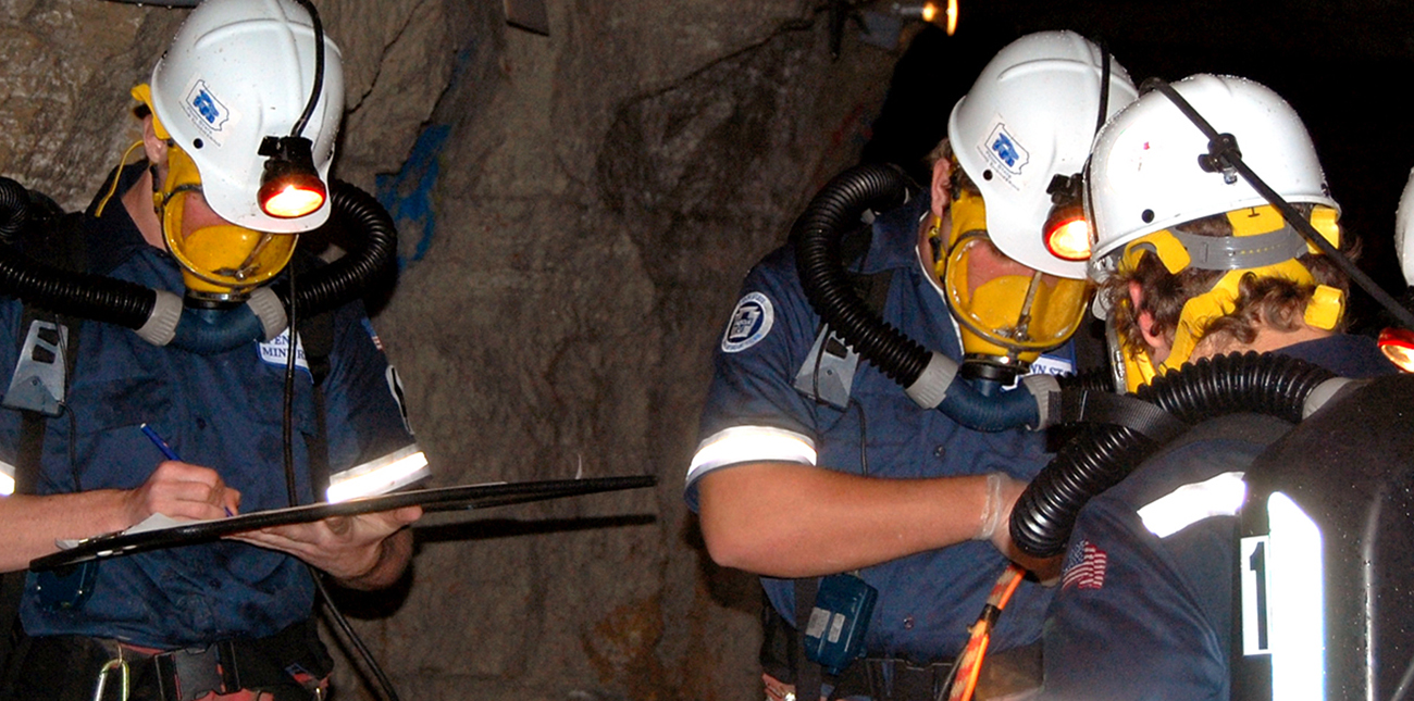 Students completing a mine rescue team exercise