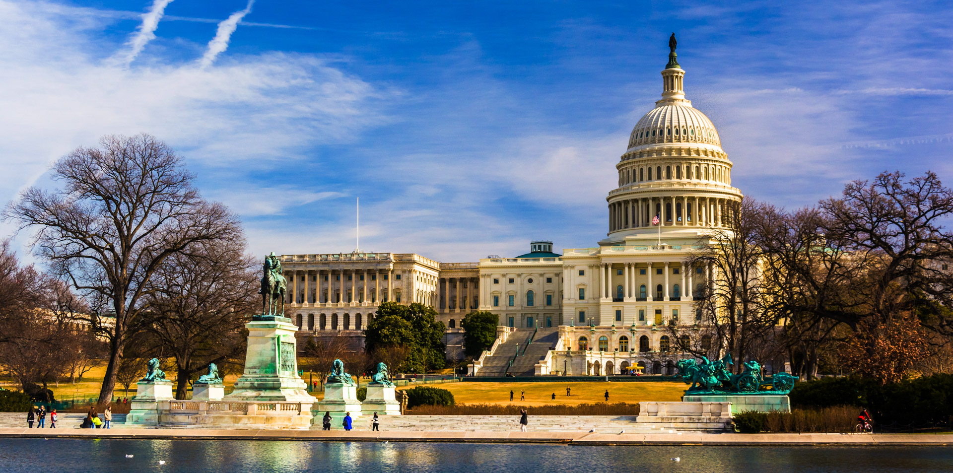 The U.S. Capitol building in autumn