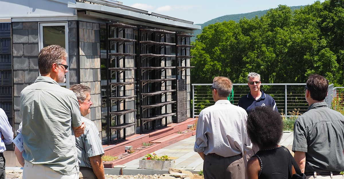 Examining a sustainable building
